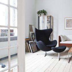 egg-chair-900x900px